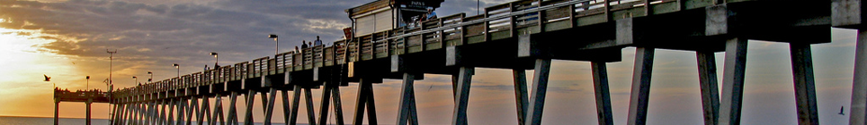 Venice Fishing Pier at Sharky's - Photo by Ron Boring