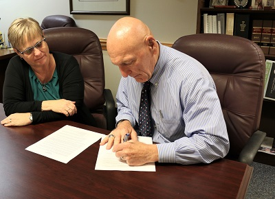 Ed Lavallee Signs Local State of Emergency for COVID-19